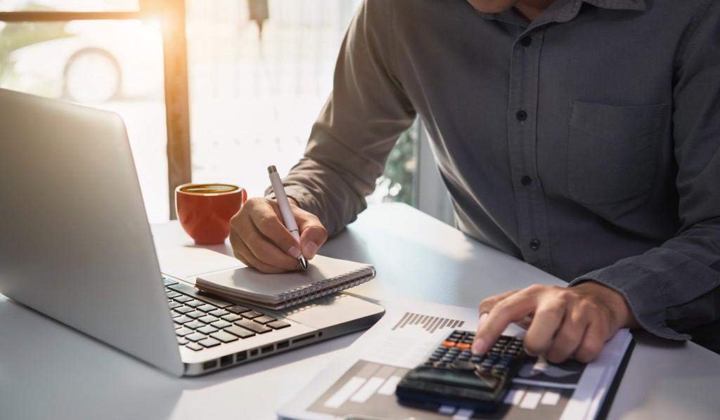 個人事業主こそホームページ制作をするべき6つの理由
